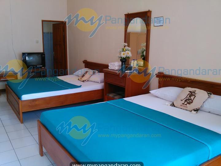 Tampilan Kamar Tidur Krisna Beach Hotel 2